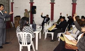 56 Jueces Electorales se Capacitaron Sobre Normativa Electoral en Cochabamba