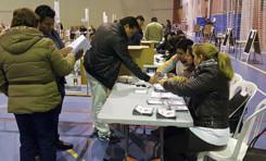 Electores en Valencia se dieron cita en sus recintos desde las 05:00 horas