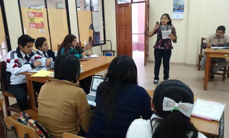 Exposición de propuestas por los estudiantes participantes.