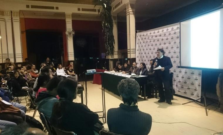 1. Presentación de las publicaciones en Cochabamba.