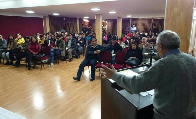 1. Presentación de las publicaciones en Tarija.