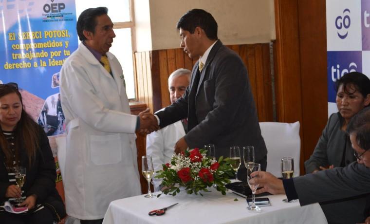 5. Inauguración de la caseta registral en la Caja Nacional de Salud Hospital Obrero, en Potosí.