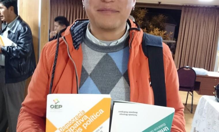 7. Presentación de las publicaciones en Tarija.