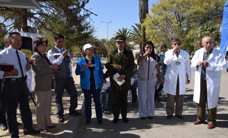 8. Las autoridades de salud y del SERECI Cochabamba durante la inauguración de la caseta registral en Cercado, Cochabamba.