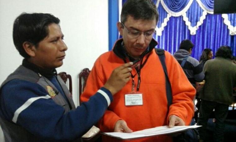 El director departamental del SERECI Tarija, Alberto Mealla, informa sobre los resultados obtenidos de la campaña que culmina declarando a Bermejo Libre de Indocumentados.1