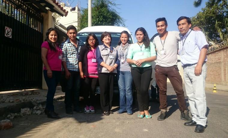 10. El equipo de empadronadores (Cochabamba).