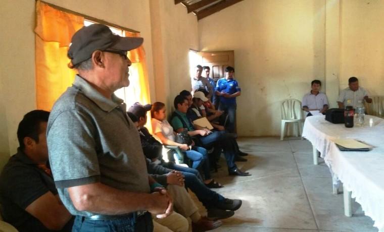 2. Durante la reunión  del OEP en la zona del Alto Isoso, en Charagua.