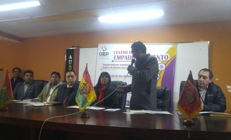 3. La Paz, Viacha. Las autoridades del TED La Paz en la inauguración del registro en el Padrón Electoral.