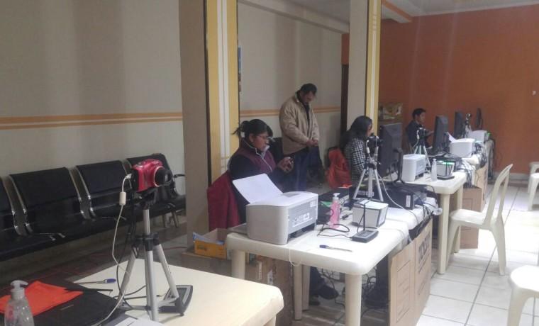 4. La Paz, Viacha. Inicio del registro en el Padrón Electoral.