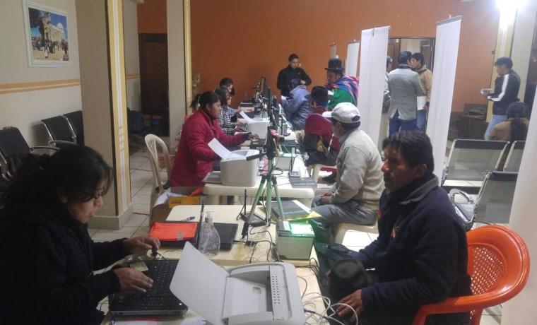 5. La Paz, Viacha. Inicio del registro en el Padrón Electoral.