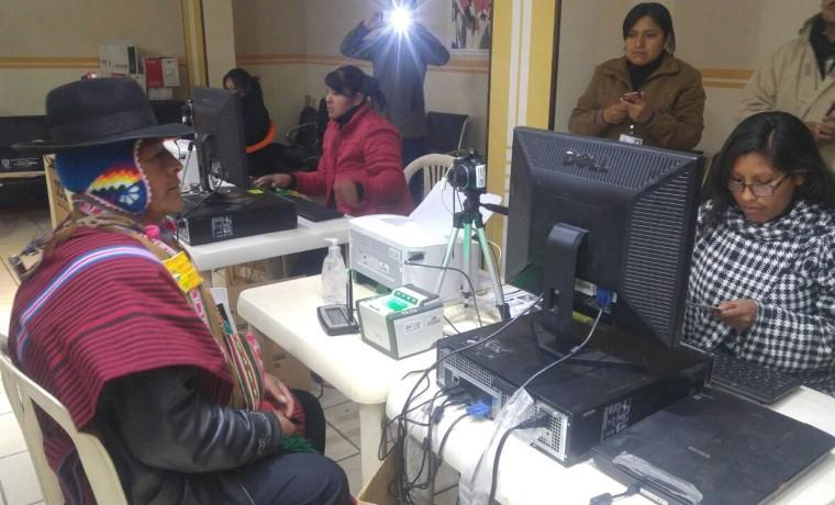 6. La Paz, Viacha. Inicio del registro en el Padrón Electoral.