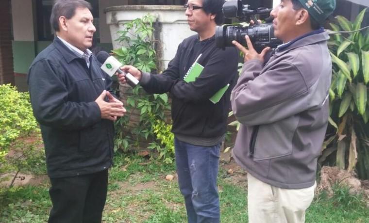 7. El presidente del TED Santa Cruz, Eulogio Núñez, en entrevista con Bolivia TV.
