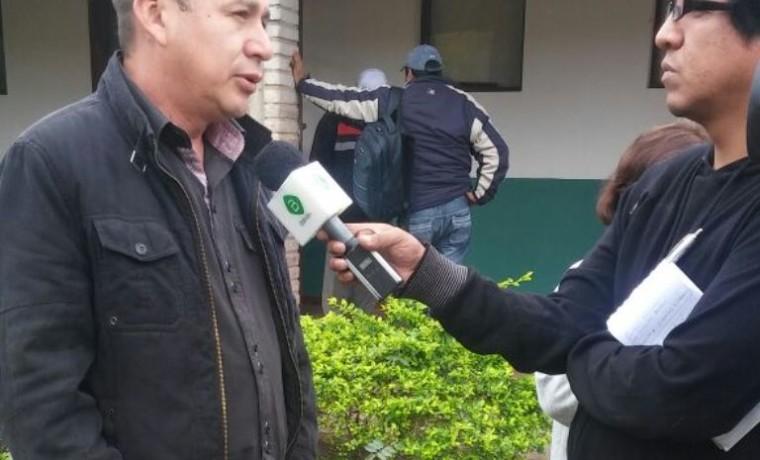 9. El concejal representantes de la zona Estación Charagua, en entrevista con Bolivia TV.