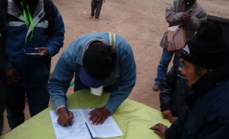 18. Las y los delegados firmaron el acta de la Asamblea Zonal.