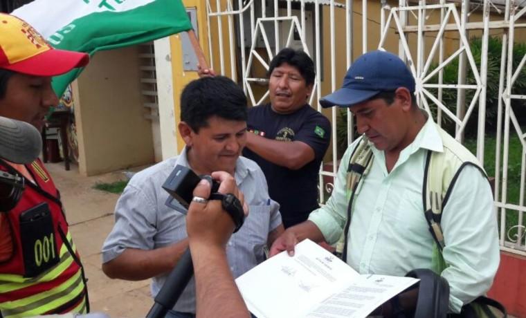 1-el-representante-de-pst-benito-mamani-informa-a-los-medios-de-comunicacion-sobre-la-creacion-de-la-nueva-agrupacion