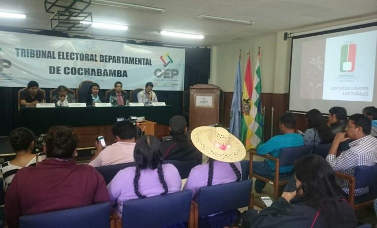 1-sorteo-de-jurados-en-cochabamba