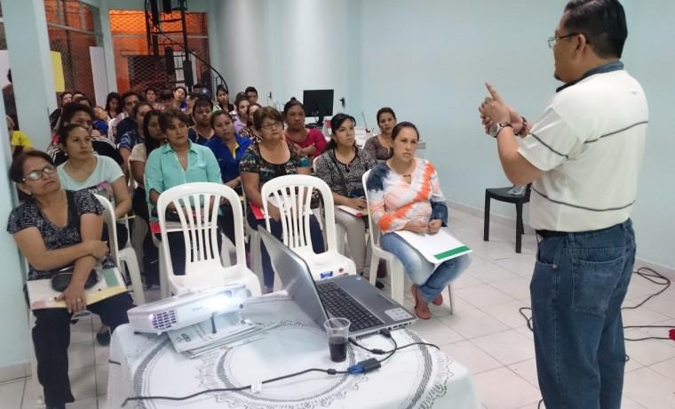 capacitacion-a-notarias-y-notarios-electorales-de-yacuiba