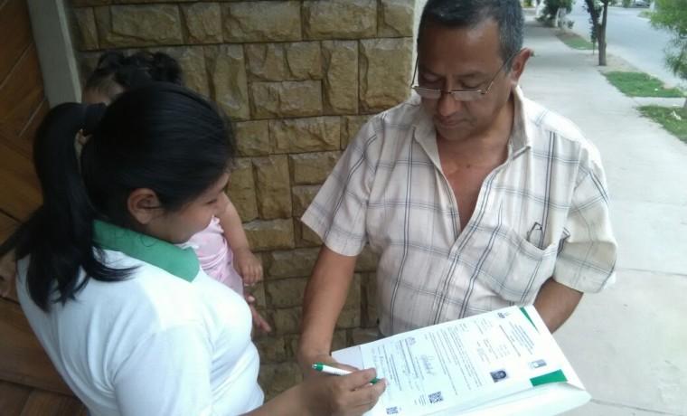el-notario-electoral-de-yacuiba-entrega-notificacion