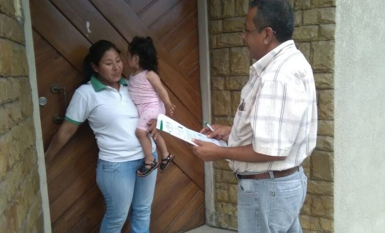 el-notario-electoral-de-yacuiba-realiza-la-notificacion