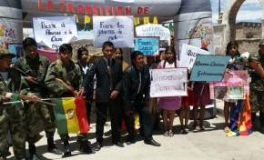 Potosí: Estudiantes destacan la democracia en Bolivia mediante representaciones artísticas