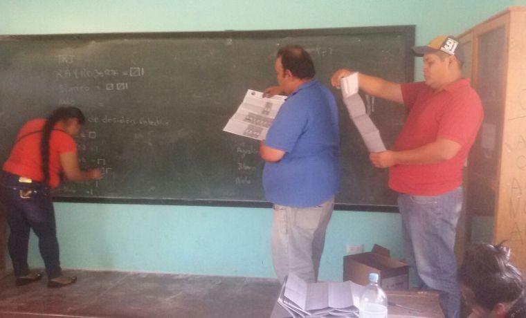charagua-pueblo-inicio-del-conteo-de-votos