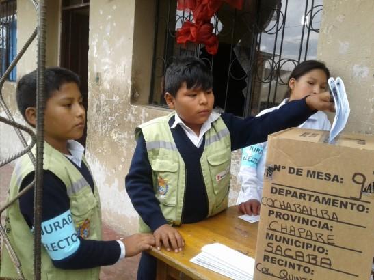 Elección en la unidad educativa Valle Hermoso. 2