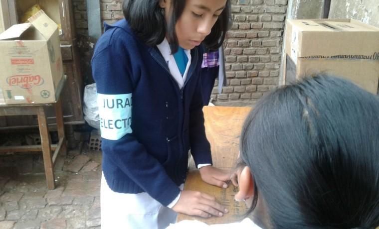Elección en la unidad educativa Valle Hermoso. 3
