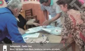 En Santa Cruz y Vallegrande extienden certificados a quienes no pudieron votar en el referendo