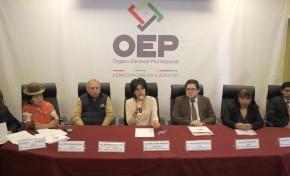 Reeligen a Katia Uriona como presidenta del TSE y José Luis Exeni asume la vicepresidencia