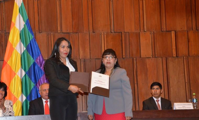 4. María Tereza Garrón Yucra (titular)