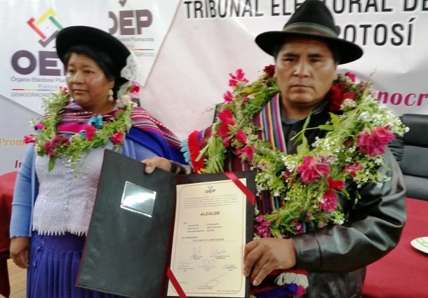 Potosí: Macario Navarro Quispe recibe credencial como Alcalde Municipal de Cotagaita