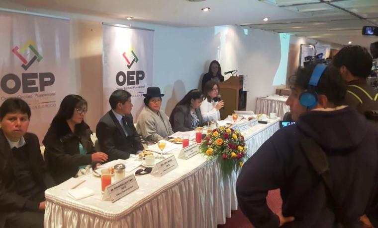 reunion_periodistas_250119_1