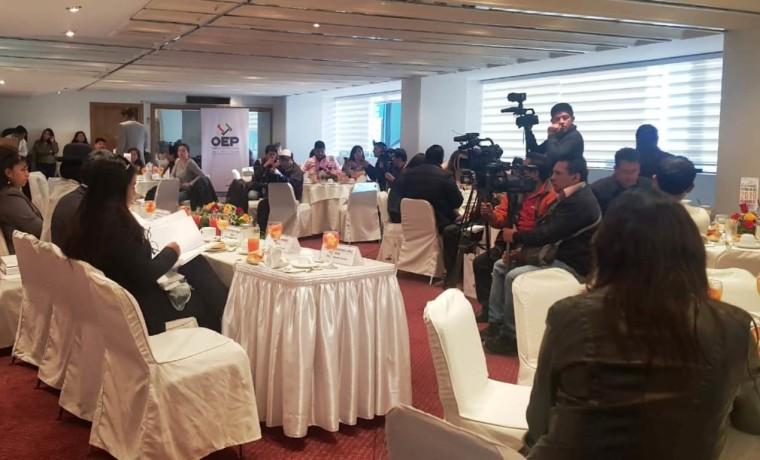 reunion_periodistas_250119_3