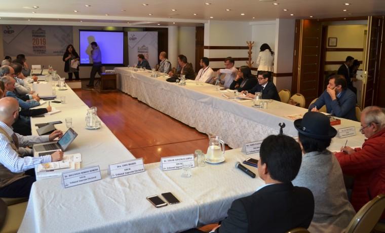 reuniones-observadores_primarias_250119_4