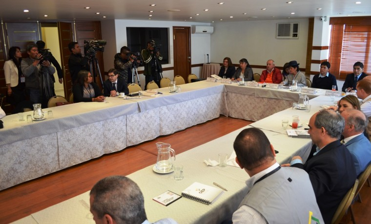 reuniones-observadores_primarias_250119_8