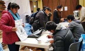 La Paz: las y los notarios devuelven el material electoral que usado en las Elecciones Primarias y concluyen su trabajo