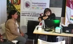 España: José Gamboa, residente boliviano en Barcelona, emitirá por primera vez su voto en las Elecciones Generales 2019