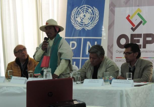 Presentan en Oruro publicación sobre Autonomías Indígenas
