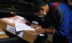 Comienza el traslado de maletas electorales hasta los 15 recintos de Sao Paulo