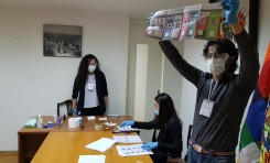 Compatriotas votan en Nueva Delhi, El Cairo y Rusia