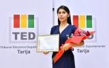 Presidenta del TED Tarija recibe reconocimiento de la Red Mundial de Jóvenes Políticos de Tarija