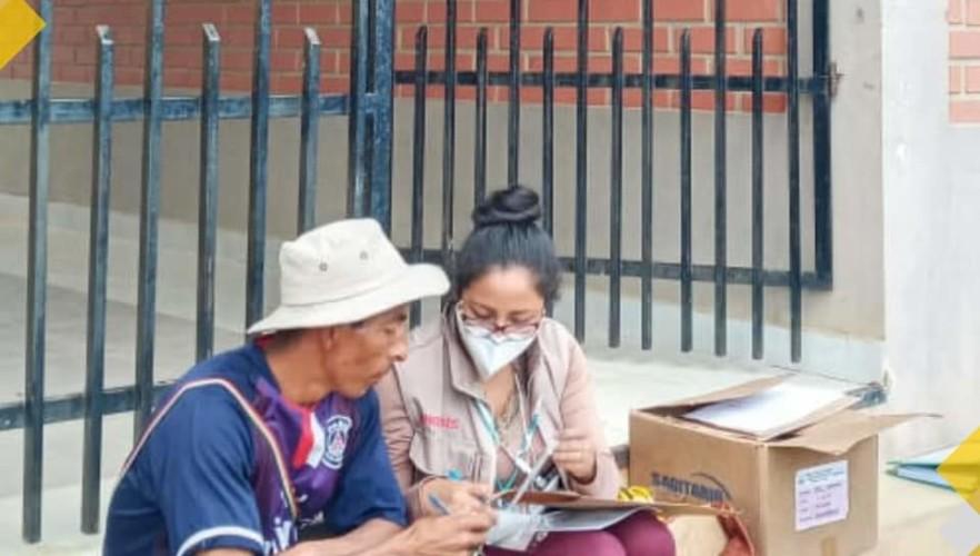 El TED Chuquisaca inicia la entrega de memorandos de designación a jurados electorales