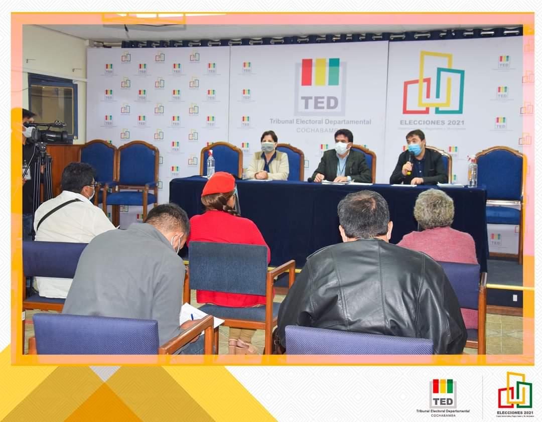 debate1-cocha