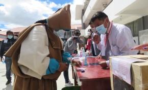 El TED Oruro muestra en un simulacro el procedimiento de votación y las medidas bioseguridad para la Elección del 7 de marzo
