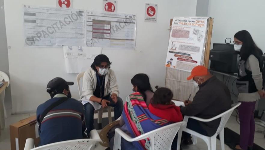 Continúa la capacitación a jurados electorales rezagados en Chuquisaca