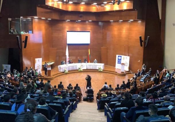 Reciben credenciales el Gobernador, 29 alcaldes, 163 concejales y 21 asambleístas titulares de Chuquisaca