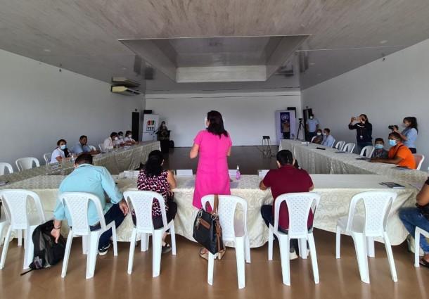 Representantes de instituciones del Beni dialogan sobre los avances de la democracia intercultural
