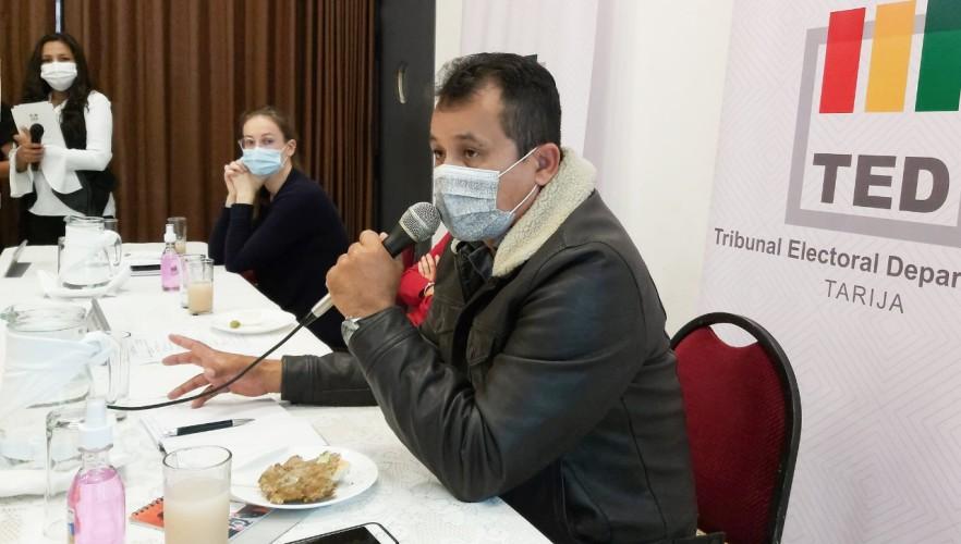 periodistas2-tar