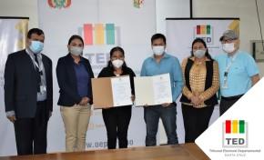 El TED Santa Cruz entrega credenciales a concejales indígenas de El Puente