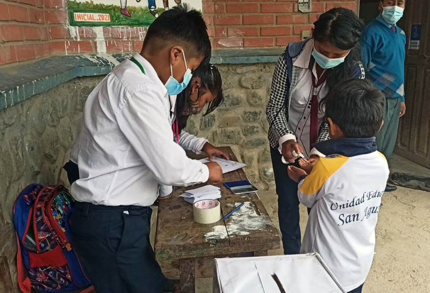 Los niños eligieron a sus representantes en Coripata